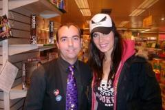 Actuación promocional, con Pilar Rubio